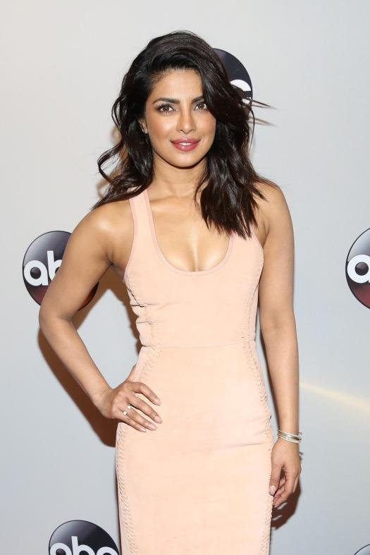 Priyanka-Chopra-2016-ABC-Upfront-Red-Carpet-Fashion-Dion-Lee-Tom-Lorenzo-Site-1