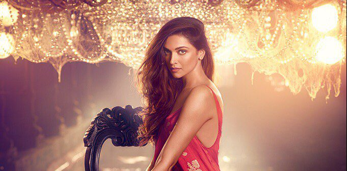 Deepika Padukone Vogue 2016: Deepika Padukone For Vogue India November 2016 Issue